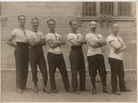 Gruppo di ginnasti nel 1910